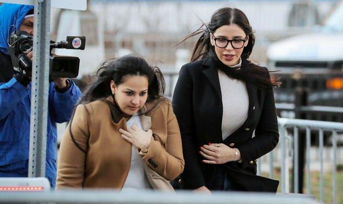 حتی بعد از دستگیری ال چاپو نیز، اما کورونل آیسپورو در جریان دادگاه از خیانت به همسر خود و لو دادن فعالیت های جنایتکارانه اش سرباز زد.