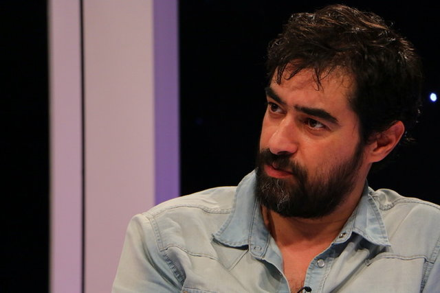 شهاب حسینی به دنبال انتشار تصاویری از واکسن کرونا زدنش در آمریکا، در این زمینه توضیحاتی را در اختیار یک خبرنگار قرار داد