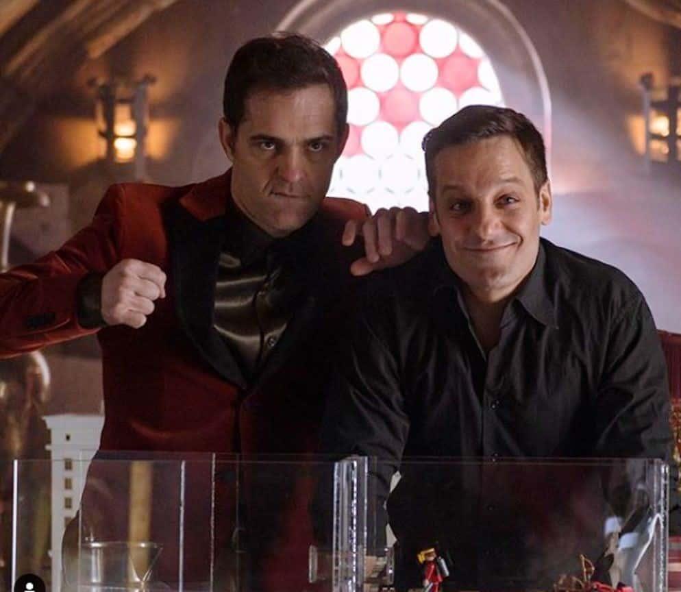 پدرو آلونسو بازیگر نقش برلین در سریال پربیننده Money Heist ، بازگشت خود به فصل پنجم این سریال را در قالب یک پیام اینستاگرامی یادآور شده است.