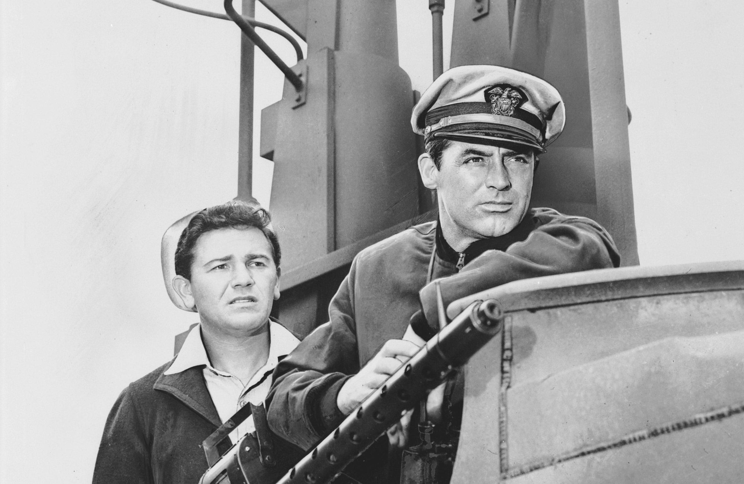 در ادامه این مطلب قصد داریم شما را با 10 فیلم ژانر زیردریایی آشنا کنیم که از بهترین های این ژانر هستند اما کمتر کسی آن را دیده است.