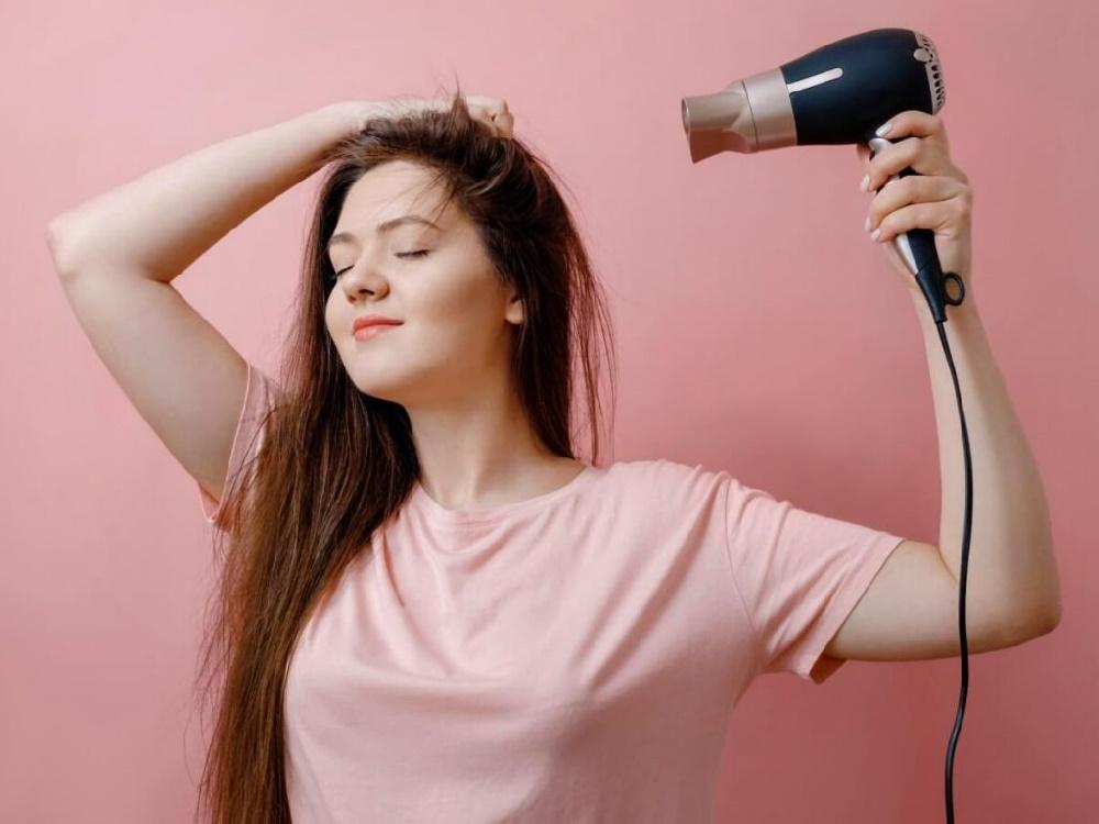 راهنمای خرید سشوار ؛ انواع سشوارها بر اساس نوع کویل و بهترین گزینه بر اساس نوع مو