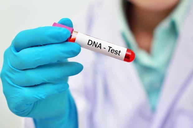 در ادامه این مطلب قصد داریم شما را با 10 تئوری توطئه و دروغ بزرگ در مورد خطرات و مضرات واکسن کرونا و توضیحات دانشمندان در مورد آن ها آشنا کنیم.