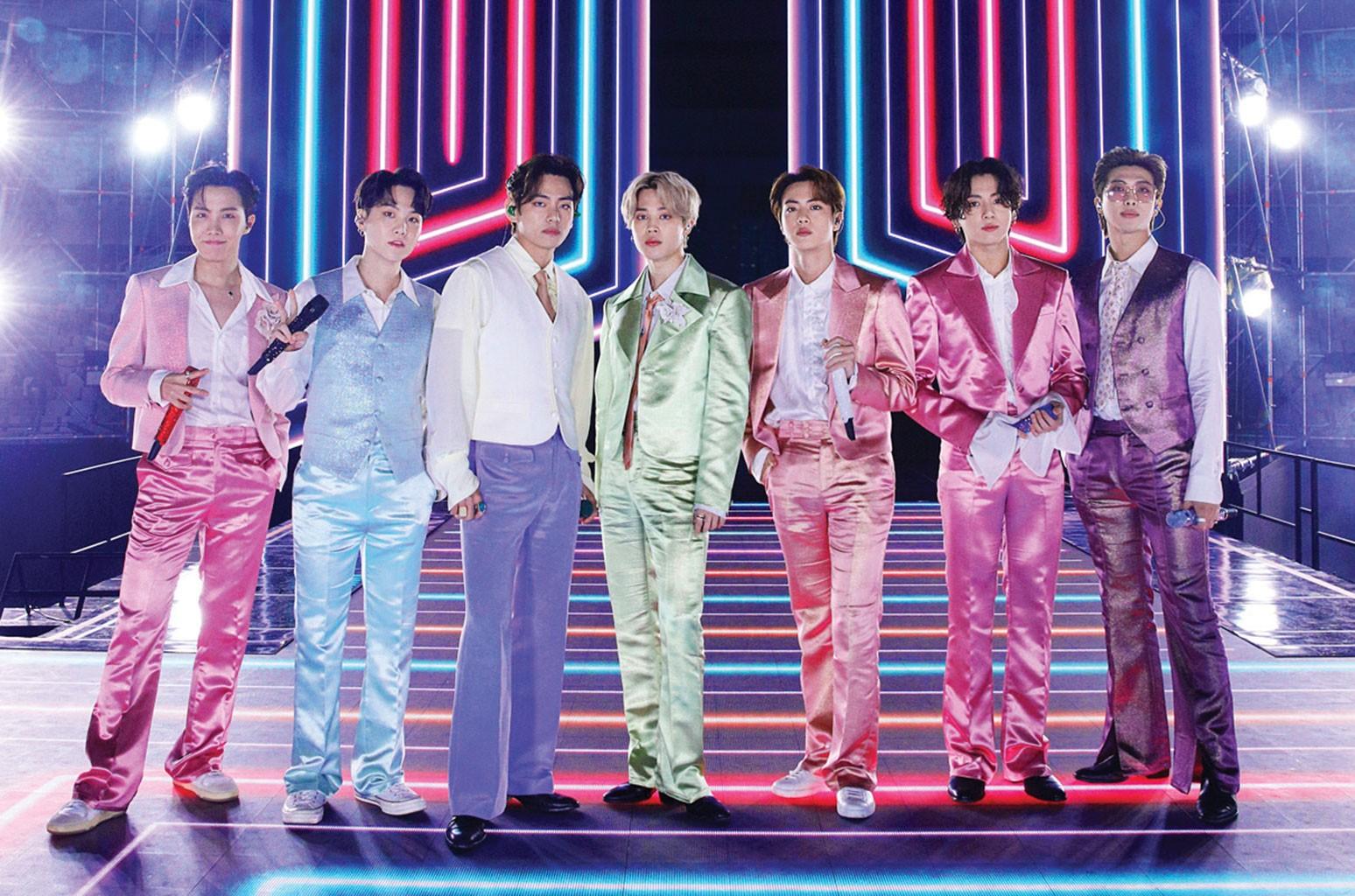 یک مجری رادیویی آلمانی بعد از توهین و انتقاد به اعضای گروه موسیقی کره ای BTS و تشبیه آن ها به کرونا به نژادپرستی متهم شده است.