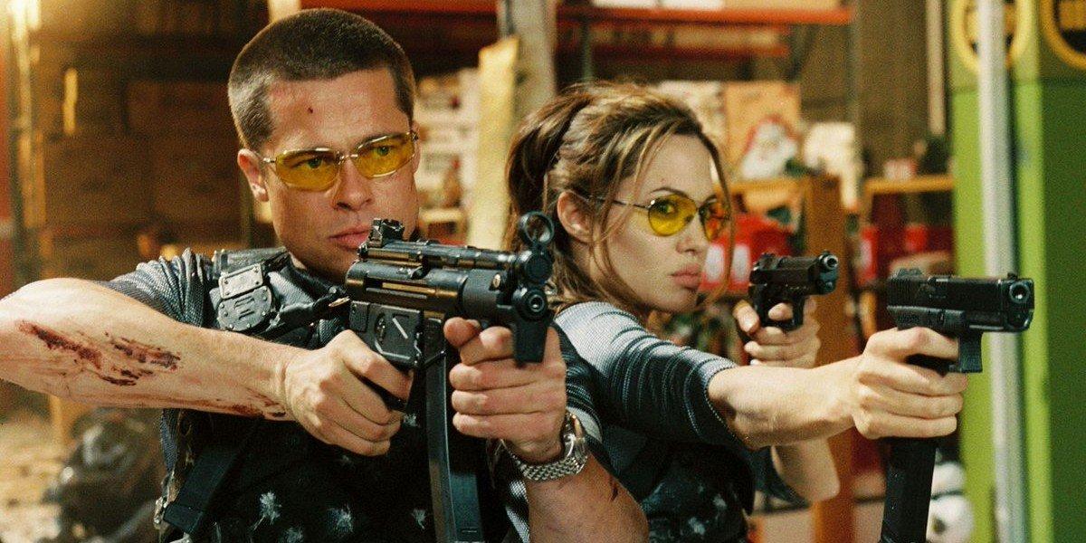 طرفداران فیلم Mr. and Mrs. Smith با بازی برد پیت و آنجلینا جولی بدانید که نسخه سریالی آن با بازی دونالد گلوور و فیبی والر-بریج ساخته می شود.