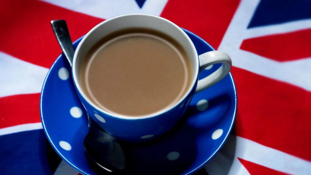چرا بریتانیایی ها تا به این اندازه به نوشیدن چای علاقه دارند؟