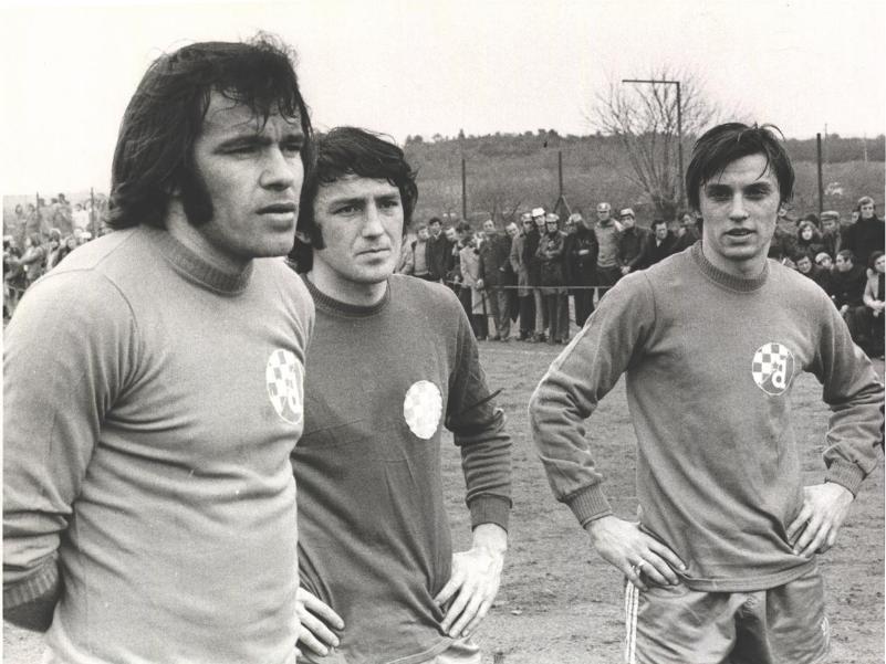 زلاتکو کرانچار سرمربی سابق تیم های پرسپولیس و سپاهان و همچنین تیم ملی امید دو روز پیش در سن 64 سالگی درگذشت.