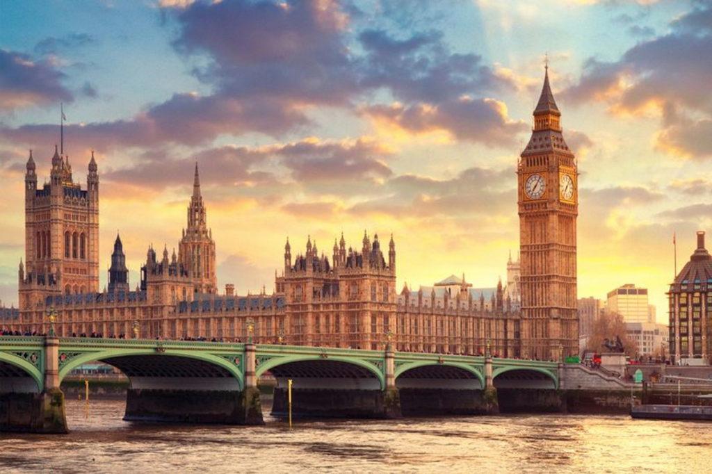 نگاهی به شگفتانگیزترین برجهای ساعت در دنیا