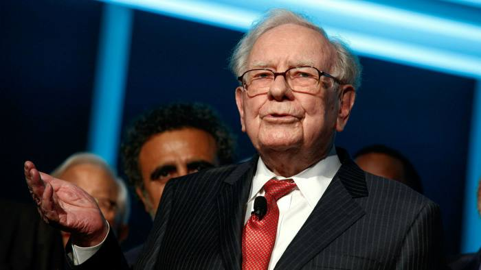 هشدار وارن بافت به سهامداران در کل دنیا: «آینده ای سیاه در انتظار سودهای ثابت است»