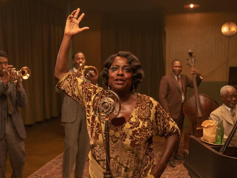 فیلم Ma Rainey's Black Bottom در مراسم گلدن گلوب امسال در بخش بهترین بازیگر مرد نقش اول برای چادویک بوزمن فقید برنده جایزه شد.