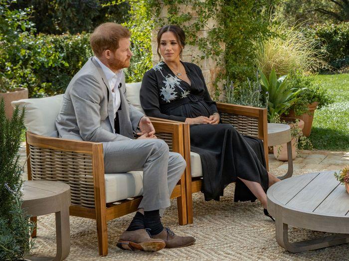 مگان مارکل و شاهزاده هری در یک مصاحبه روشنگرانه و جنجالی با اپرا وینفری که هنوز به طور کامل منتشر نشده است، اتهامات سنگینی را به خاندان سلطنتی بریتانیا وارد می کنند.