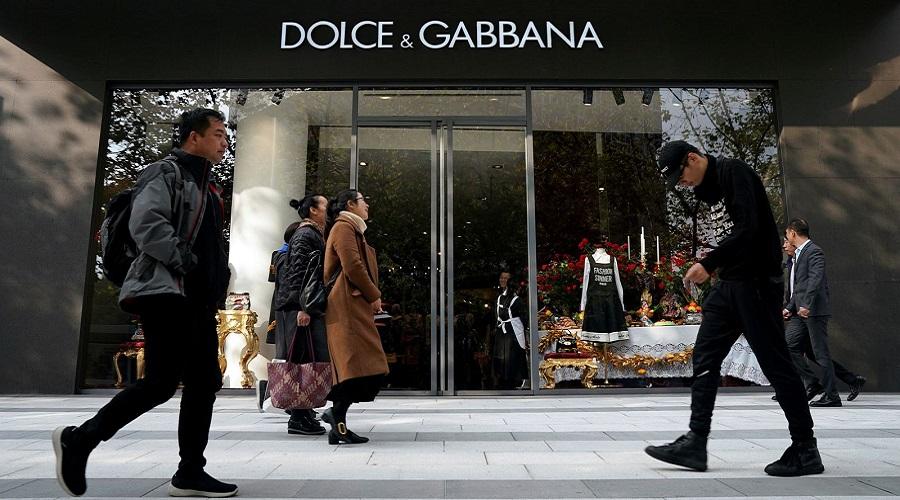 ضرر میلیون دلاری برند دولچه و گابانا به دنبال افشای پیام های ضد چینی این شرکت