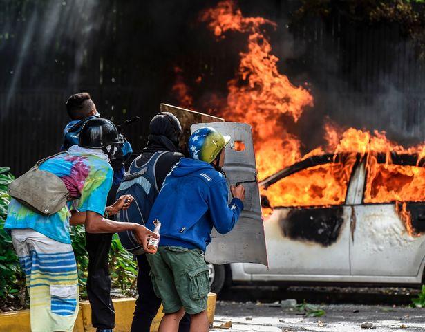 سیستم بسیار شلوغ زندان ها در ونزوئلا به فضایی برای شکل گیری و قدرت گرفتن بیش از پیش دار و دسته های خلافکار تبدیل شده است،