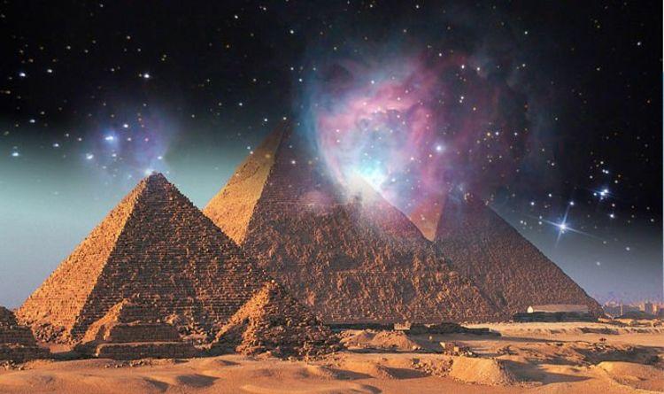 باوال مدعی بود که برج فلکی شکارچی بر ساخت تمامی اهرام ثلاثه حاکمیت داشته است و بدین ترتیب بود که تئوری هماهنگی برج فلکی شکارچی شکل گرفت.