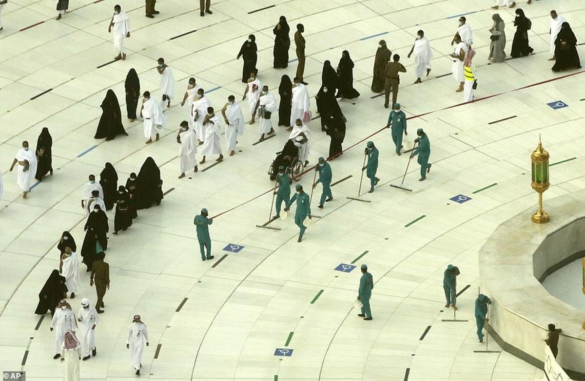 زیارت خانه خدا فقط برای آنهایی ممکن است که واکسن کرونا دریافت کرده باشند؛ عربستان اعلام کرد