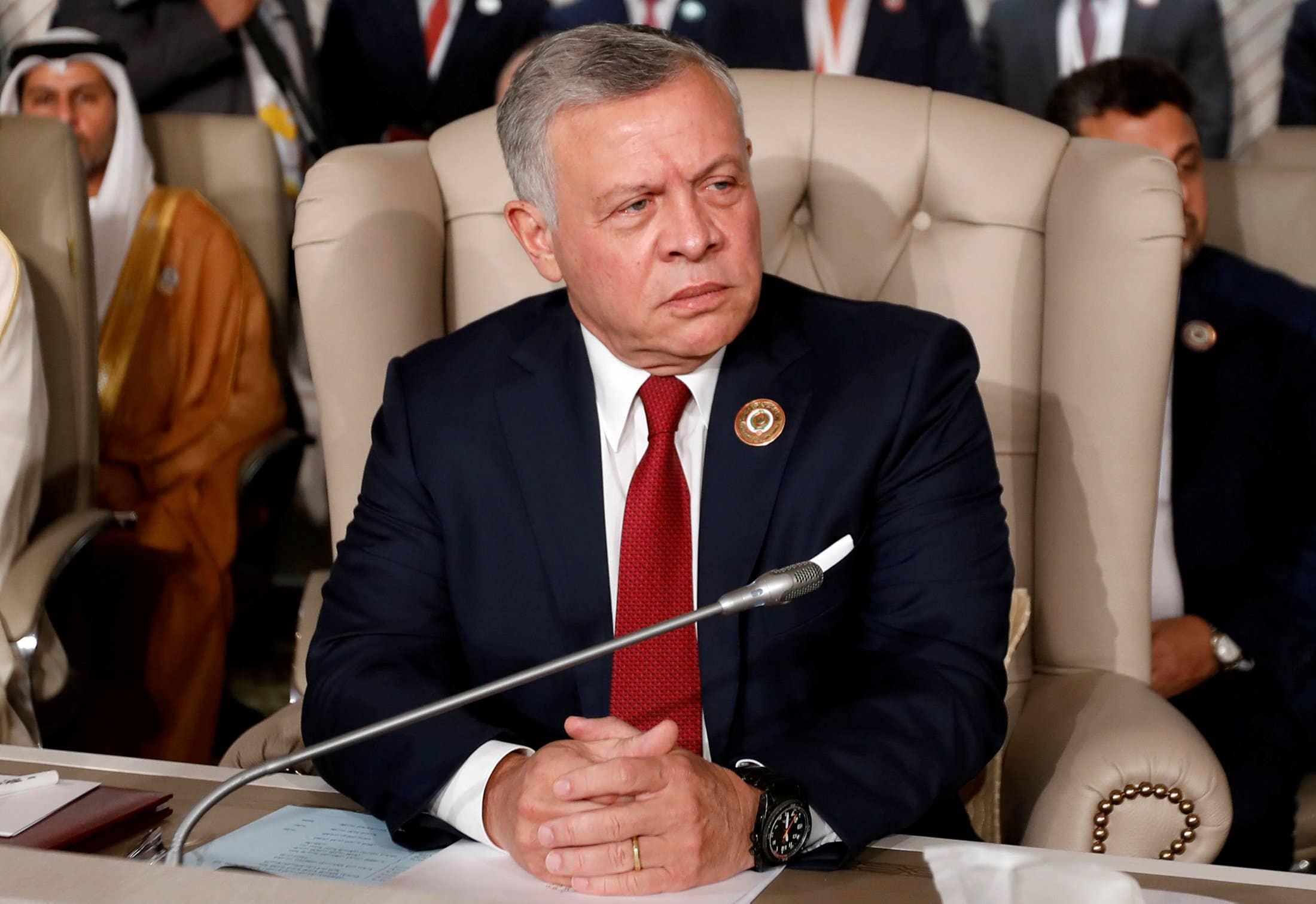 ولیعهد سابق اردن به اتهام تلاش برای کودتا در حبس خانگی به سر برده و به او گفته شده تنها برای دیدار با خانواده می تواند خانه را ترک کند.