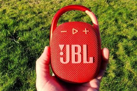 بررسی اسپیکر JBL Clip 4