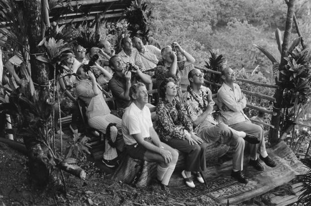 جزیره ای در وانواتو وجود دارد که مردمان روستای آن عضو فرقه ای هستند که شاهزاده فیلیپ را مانند خداوند پرستش می کنند