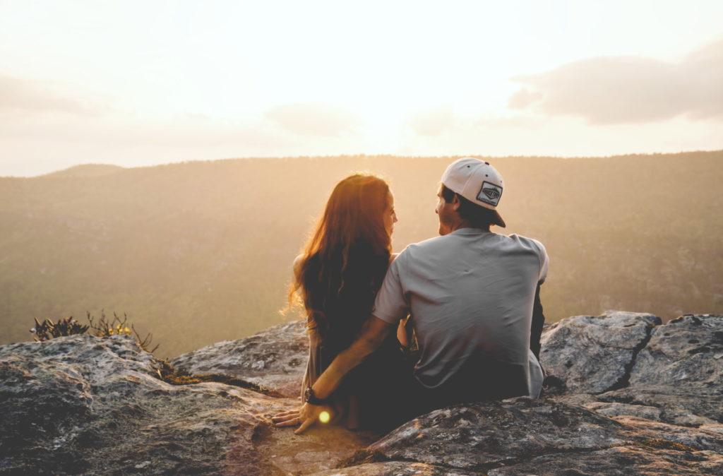 ۸ کاری که زوجین برای ماندگاری ازدواجشان انجام میدهند