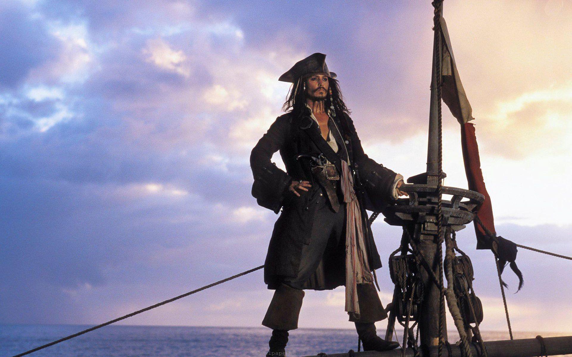 جانی دپ بازیگر نقش جک اسپارو در Pirates of the Caribbean سکوت خود در مورد این نقش را شکسته و گفته دلش برای شخصیت جک اسپارو تنگ نشده است.