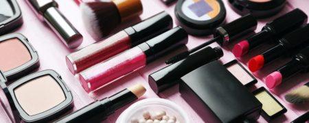 با ۱۰ مورد از برترین برندهای آرایشی دنیا آشنا شوید