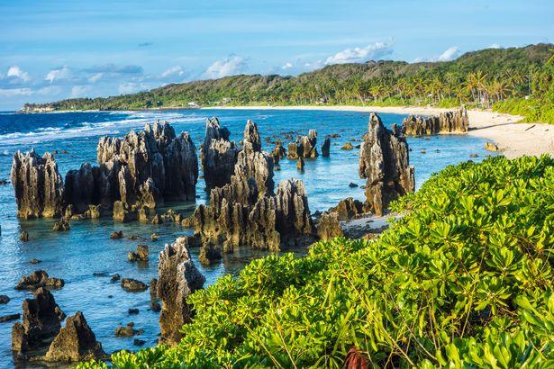 جزیره نائورو که چاق ترین جزیره جهان است، اولین منطقه ای است که تمام ساکنان بزرگسال خود را در برابر ویروس کرونا واکسینه می کند