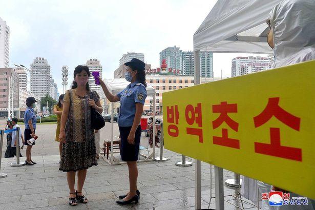 بدنبال مرگ یکی از مقامات ارشد کره شمالی در اثر تزریق داروی چینی، کیم جونگ اون دستور توقف استفاده از داروهای چینی را صادر کرد.