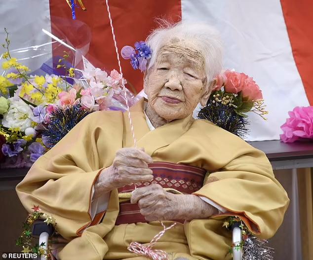 کانه تاناکا 118 ساله مسن ترین انسان زنده روی زمین از مراسم دست به دست کردن مشعل مسابقات المپیک 2020 توکیو کناره گیری کرد