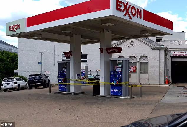 حمله گروه هکر روسی DarkSide به خطوط انتقال سوخت ایالات متحده باعث خالی شدن 88 درصد از پمپ بنزین های واشنگتن دی سی از سوخت شده است
