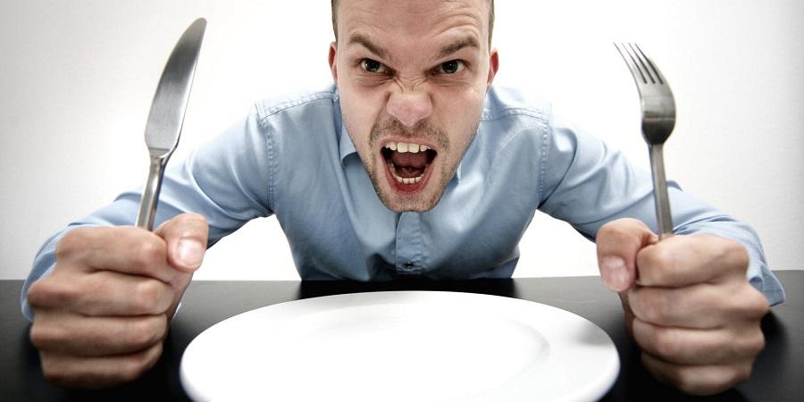 چرا باید قبل از اینکه گرسنه مان شود غذا بخوریم؟