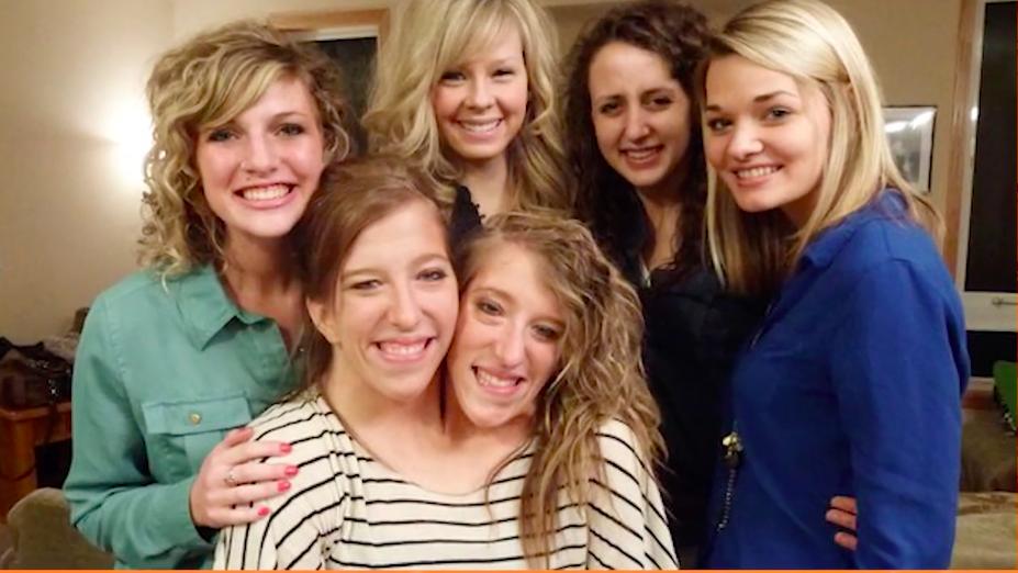 یوتیوب روزیاتو: عجیب ترین خانواده های دنیا را بشناسید [تماشا کنید]