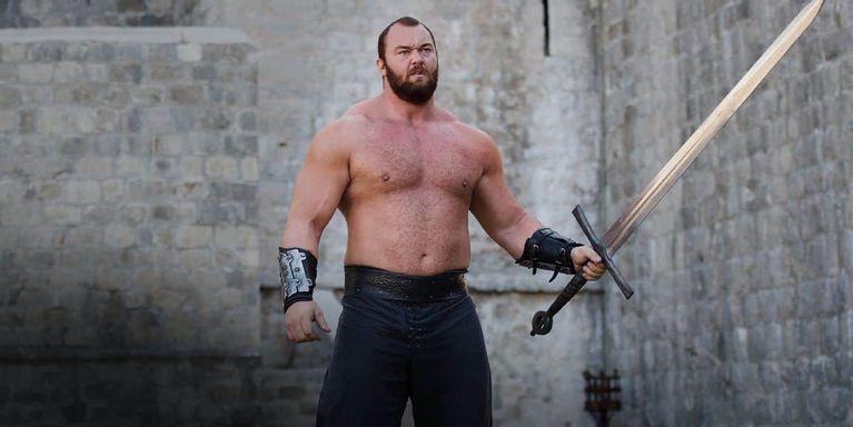 در سریال Game of Thrones شخصیت گرگور کلیگین ملقب به کوهستان یا کوهستان سوارکار ترسناک ترین و بیرحم ترین شخصیت سریال به شمار می رفت
