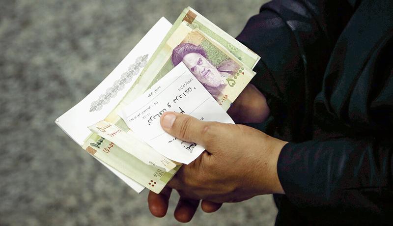 باقیمانده سود سهام عدالت تا پایان ماه رمضان واریز می شود و اکنون وزیر اقتصاد می گوید که 30 درصد این سود تا پایان خرداد ماه پرداخت خواهد شد.