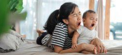 شب بیداری های پس از تولد فرزند، مادران را به اندازه ۷ سال پیر می کند