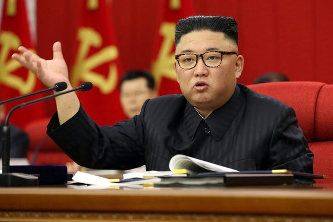 یک روزنامه در کره جنوبی مدعی شده است که قیمت یک کیلوگرم موز در کره شمالی اکنون به بیش از 32 پوند رسیده است