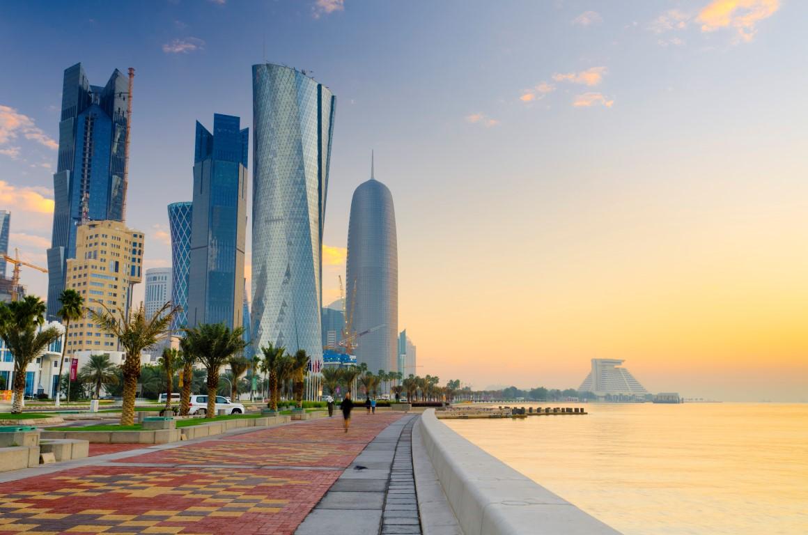 قطر اعلام کرده است که یک میلیون دُز واکسن کرونا برای طرفداران فوتبال که در جریان رقابت های جام جهانی 2022 به این کشور سفر می کنند اختصاص خواهد داد.