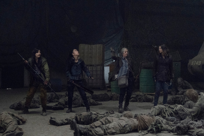 E3o9V7sWEAMV2YP - انتشار اولین تصاویر از فصل یازدهم سریال The Walking Dead و بازگشت خشونت