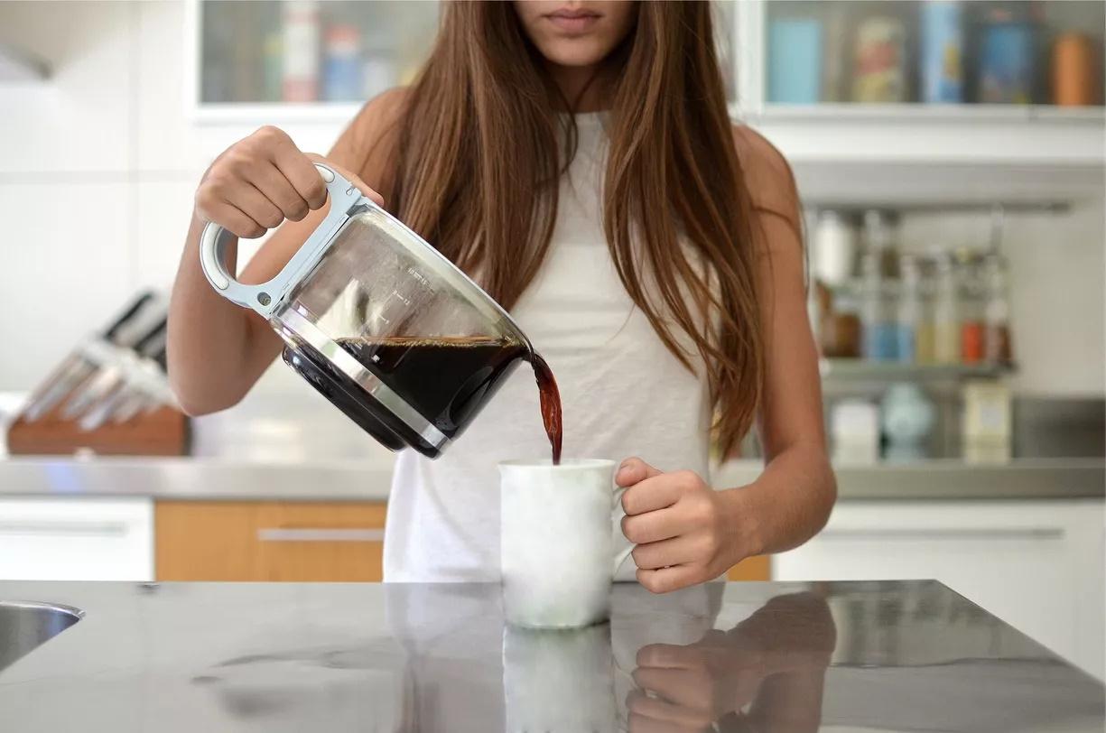 قهوه سازهای متفاوت می توانند نتیجه ای متفاوت در پی داشته باشند. دمای آب بر طعمی که از دانه های قهوه متصاعد می شود تاثیر گذار خواهد بود