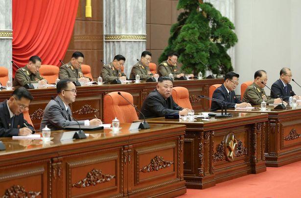 کره شمالی محموله اختصاص یافته به این کشور در قالب برنامه جهانی کوواکس را به خاطر ترس از عوارض جانبی این واکسن نپذیرفت.