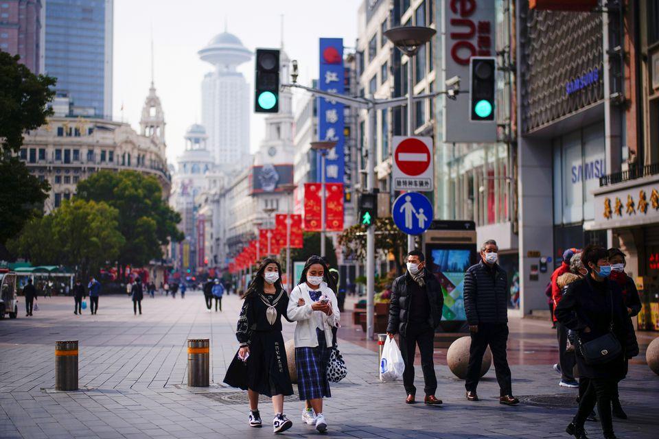 شیوع بی سابقه کرونا در چین و دستور به ساکنان شهر ۹.۲ میلیون نفری برای تست دادن