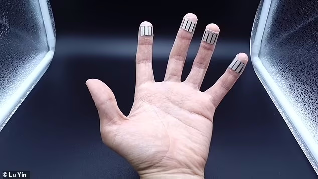 یک ابزار پوشیدنی جدید که دور انگشت پیچیده می شود می تواند عرق را جمع کند، در حالی که شما خواب هستید، و از این عرق برای تولید برق استفاده کند.