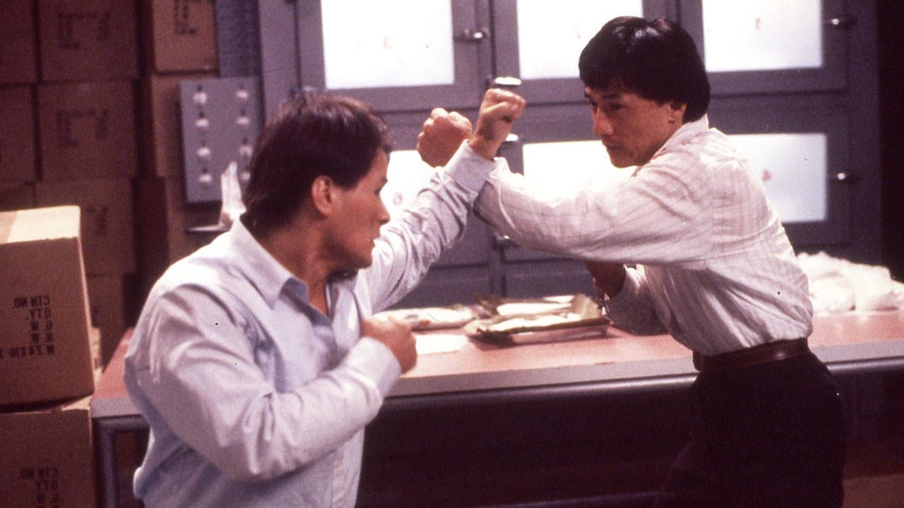 مبالغه نیست اگر بگوییم که جکی چان به عنوان یک بازیگر و کارگردان میراث دار باستر کیتون، جین کلی و بروس لی به صورت همزمان است.