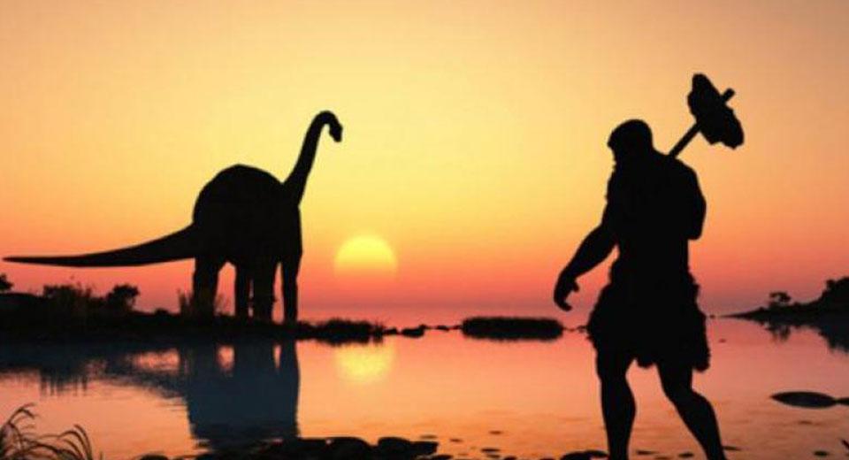 زنی که خود را «مسافر زمان» دانسته و مدعی است ک سال 6000 میلادی سفر کرده، در یک پست اینستاگرامی ترسناک از نابودی بشریت گفته است.