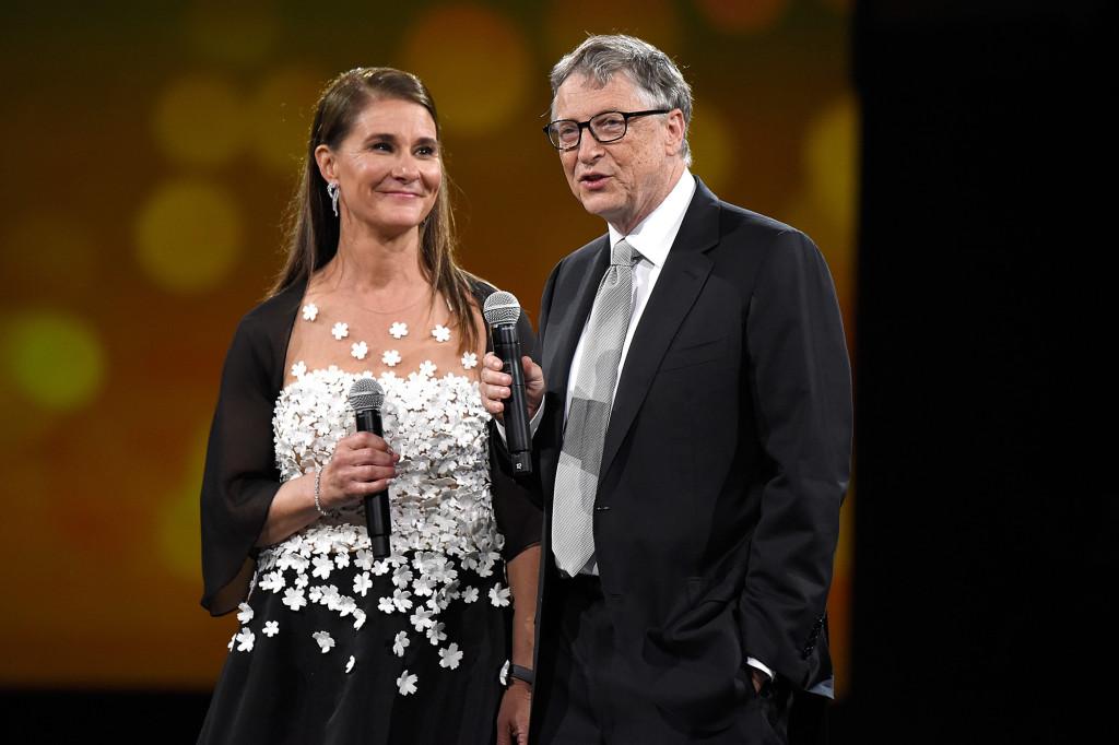 بیل گیتس در جریان یک برنامه تلویزیونی با نام «کمپ تابستانه برای میلیاردرها» در مورد طلاق دردسرساز و ناخوشایند خود سخنانی احساسی را بیان کرد