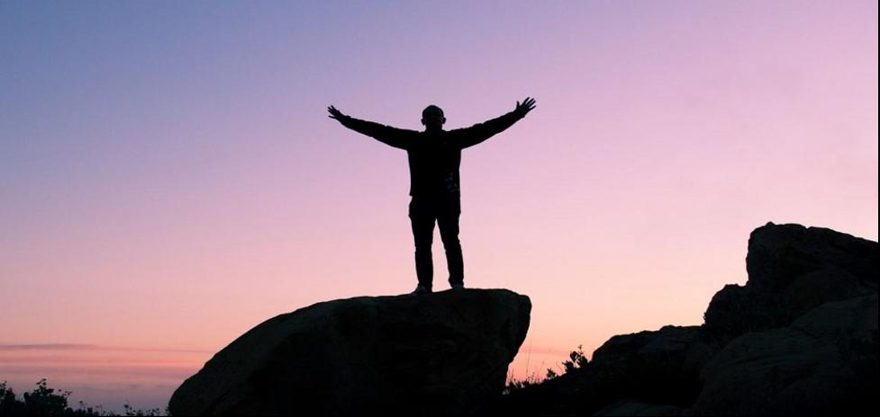 اگر میخواهید فرد موفقی باشید ۱۰ چیز را کنار بگذارید