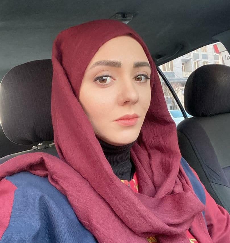حوریه مقدم زاده متولد 8 آبان 1366 در تهران بازیگر و کارگردان تئاتر است که تحصیلات خود را در مقطع کارشناسی ارشد کارگردانی تئاتر گذرانده است