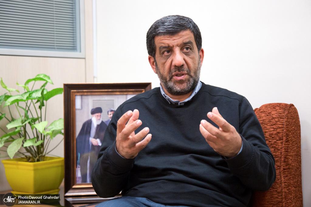 فریدون حسنوند مدعی شده که عزت الله ضرغامی در زمان تصدی ریاست سازمان صدا و سیما فیلم های مستهجن در اختیار نمایندگان گذاشته است