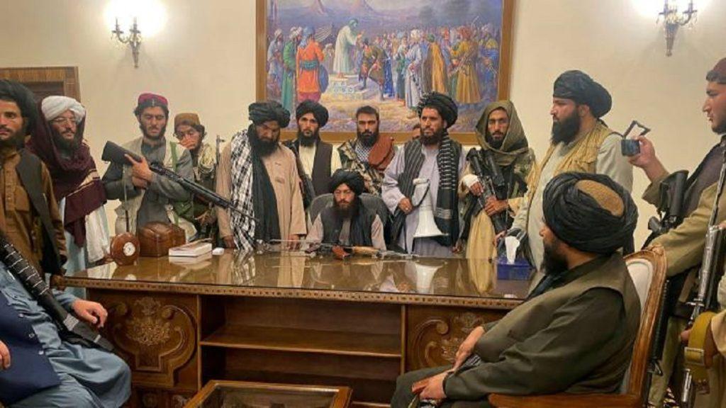 دیدار طالبان و مقامات چین؛ آینده مبهم مردم افغانستان