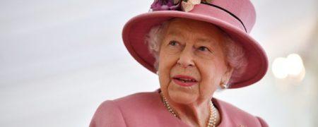 ملکه بریتانیا به خاطر اتهامات مکرر مگان مارکل و شاهزاده هری از آن ها شکایت می کند