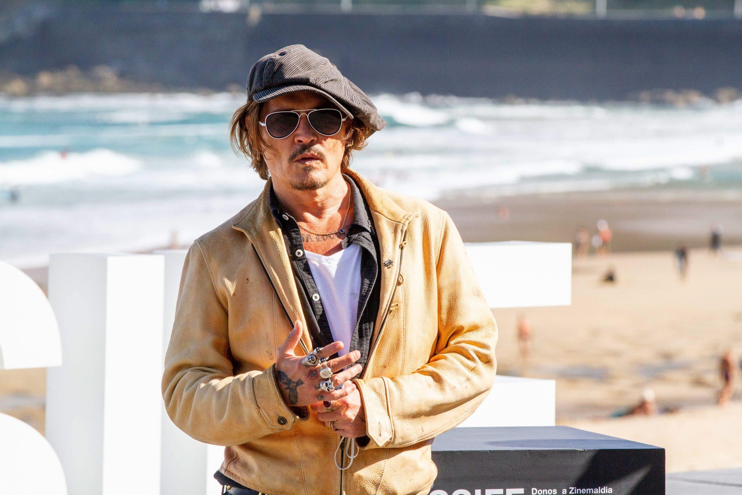 در اقدامی جنجال آفرین، فستیوال فیلم سن سباستین در اسپانیا قصد دارد جایزه افتخاری موسوم به Donostia Award را به جانی دپ بدهد