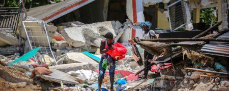 تصاویر هولناک زلزله ۷.۲ ریشتری در هاییتی + ویدیو